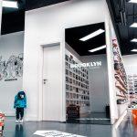"""""""Offline pushes Online"""" – Smart Mirror im Einzelhandel"""