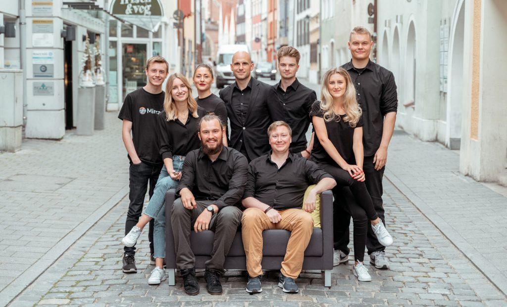 über uns startup gruppenbild